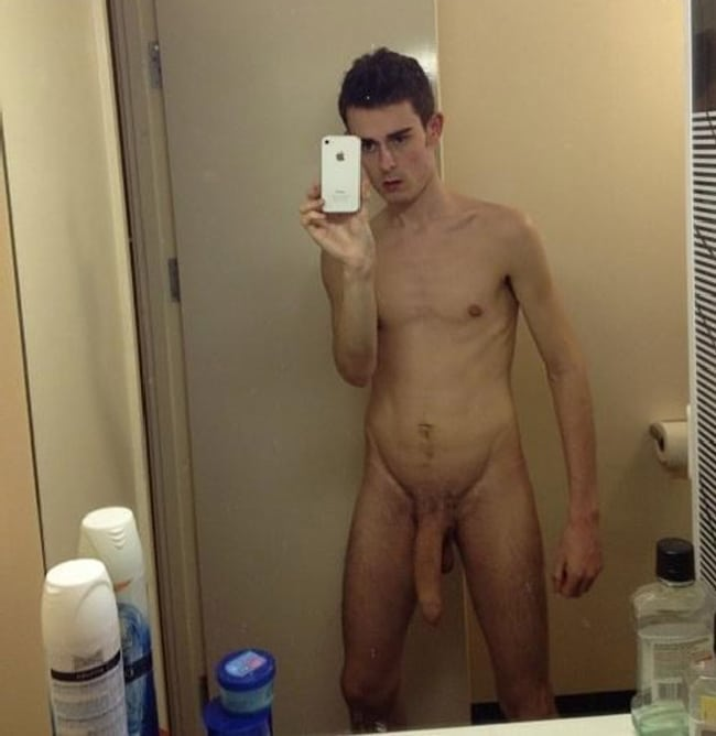 Hung Nude Gay Boy
