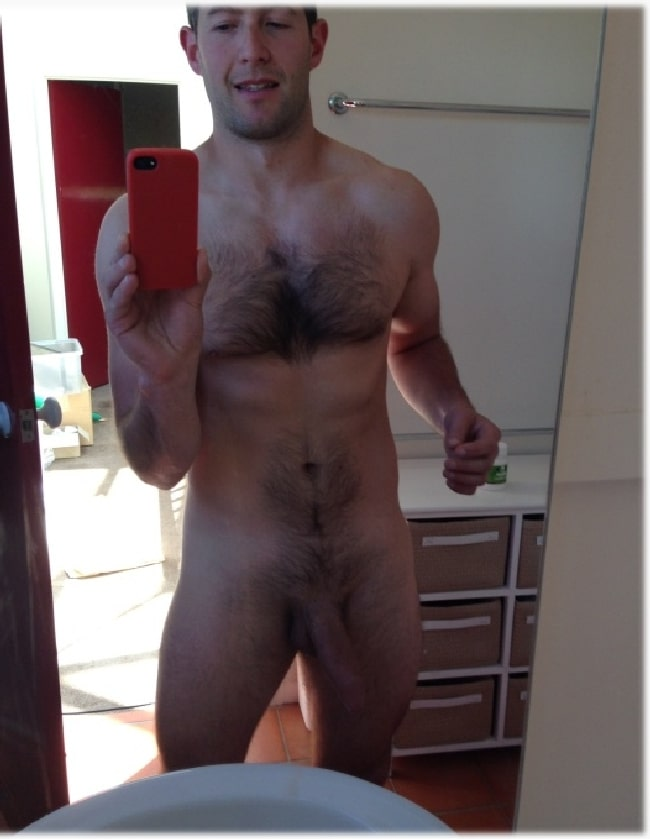 Hairy Nude Man Take A Self Picture - Gay Cam Selfies-4964